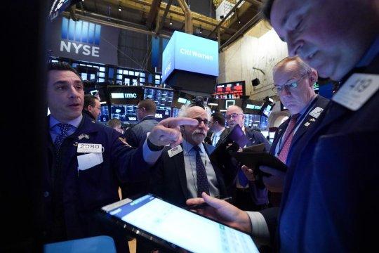 Wall Street dibuka merosot, tertekan penurunan saham teknologi