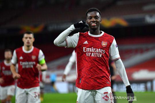 Arsenal menang telak 3-0 atas Dundalk