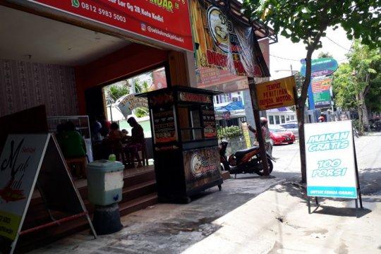 Warung di Kediri sediakan makanan gratis bagi warga tak mampu