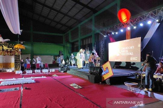 Festival Cangget Bara diselenggarakan secara luring dan daring