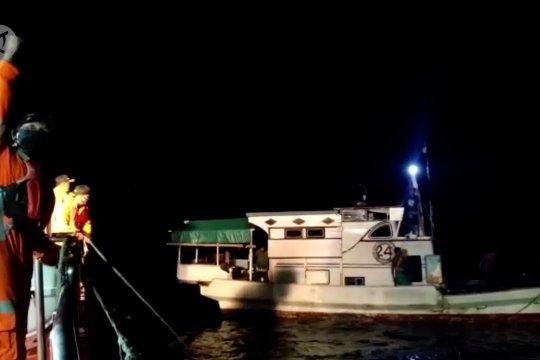 Basarnas Kendari evakuasi sembilan nelayan di perairan Buton