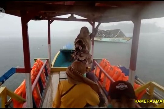 BPBD ungkap penyebab kecelakaan kapal terbalik di Danau Cikoncang