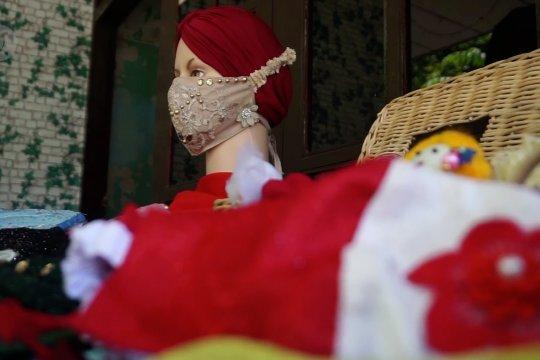 Masker cantik asal Batang yang menembus pasar Malaysia