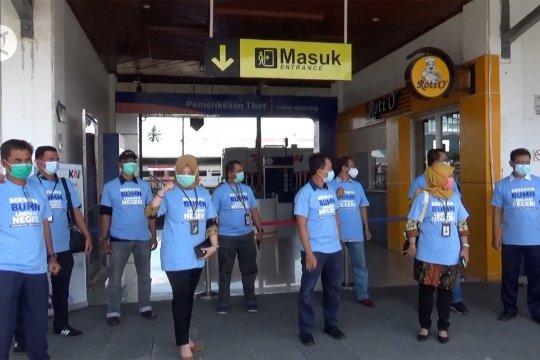 Satgas bencana BUMN Sumbar bagikan 10 ribu masker