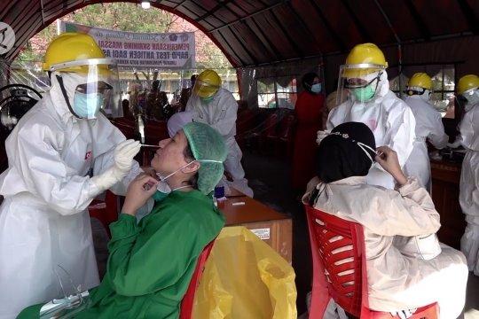 Seluruh ASN Pemkot Kendari jalani rapid test antigen
