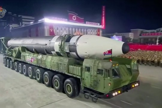 Korea Utara pamer rudal balistik antarbenua baru