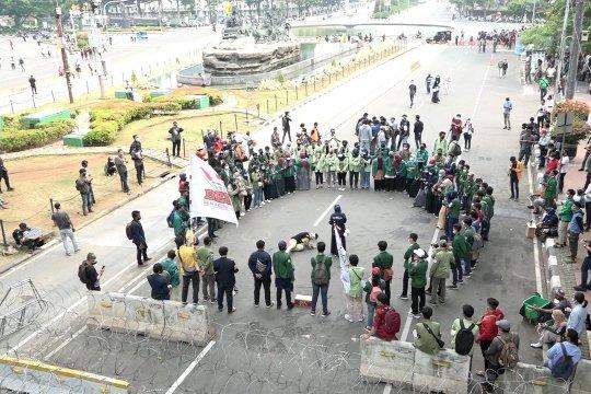 """Polisi antisipasi kelompok """"penumpang"""" di aksi unjuk rasa BEM SI"""