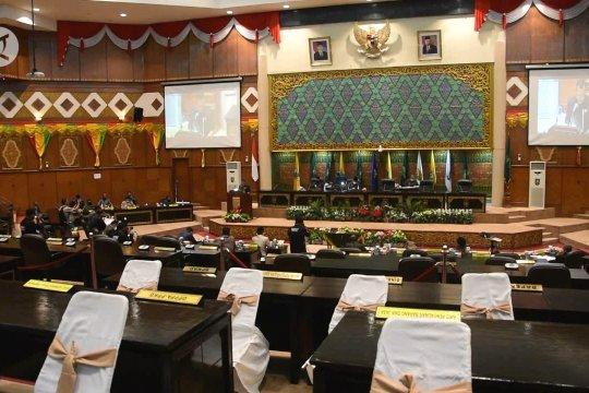 DPRD-Pemprov Riau sahkan APBD Perubahan senilai Rp8,7 triliun
