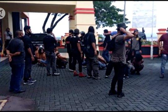 Sepuluh pelaku unjuk rasa di Ternate diproses hukum