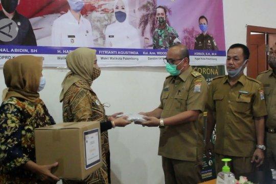 HKTI Sumsel salurkan 20.000 kemasan ramuan herbal untuk pasien COVID-19
