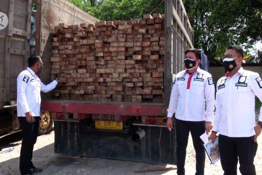 Polda Kalteng amankan kayu hasil pembalakan liar