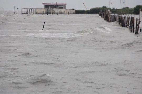 La Nina bisa picu gelombang tinggi di Laut Jawa