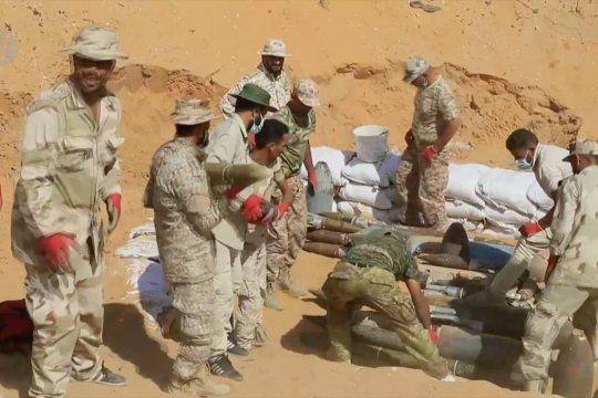 Militer Libya berpartisipasi dalam tugas pembuangan senjata