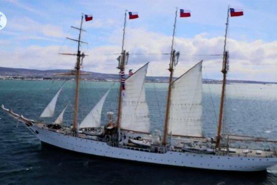 Kapal Elcano tiba di Chile dan rayakan 100 tahun penemuan Eropa