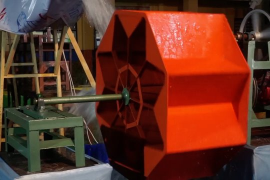 SMK di Pekalongan berhasil buat turbin spiral pembangkit listrik
