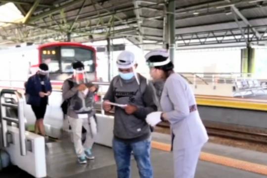 12.781 calon penumpang KA dari Jakarta jalani rapid test di 2 stasiun