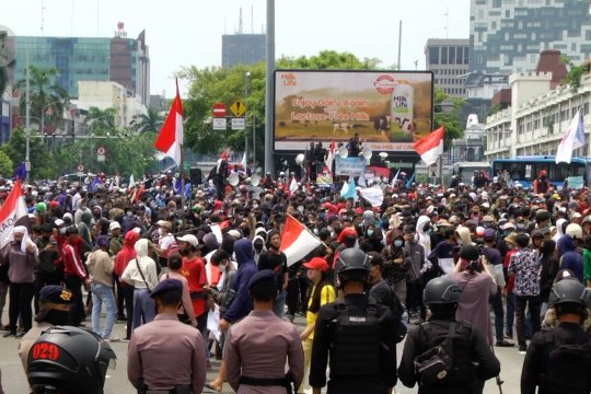 Doni Monardo: demonstrasi berisiko besar COVID-19 hingga ke keluarga