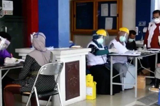 Kolaborasi antar bidang dan nakes berjibaku tangani pandemi