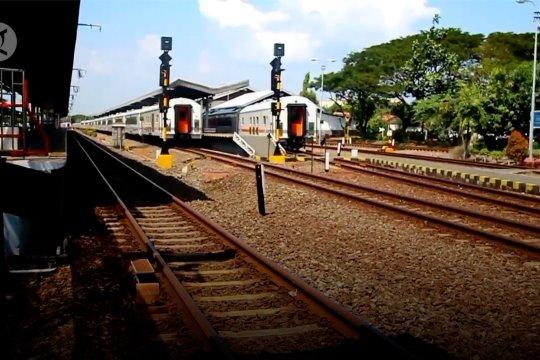 Libur panjang, penumpang di Stasiun Cirebon naik 50%