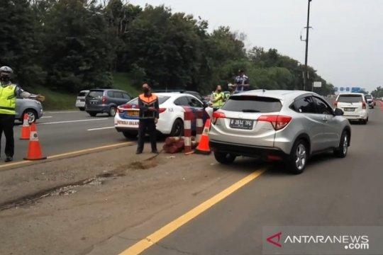 Arus balik libur panjang Tol Jakarta-Cikampek cukup padat