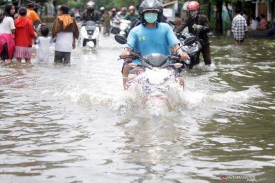 BNPB ingatkan masyarakat Jatim waspadai bencana hidrometeorologi