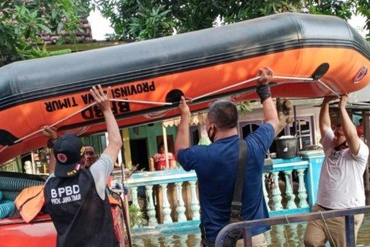 BPBD Jatim kirim perahu karet bantu evakuasi banjir Kab Pasuruan