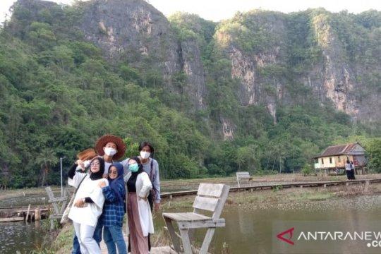 Pengelola wisata Rammang-Rammang siapkan SDM menuju Geopark Unesco