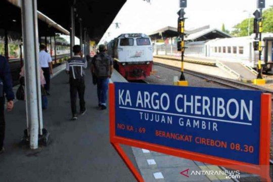 KAI: Penumpang di Cirebon melonjak 100 persen lebih saat libur panjang
