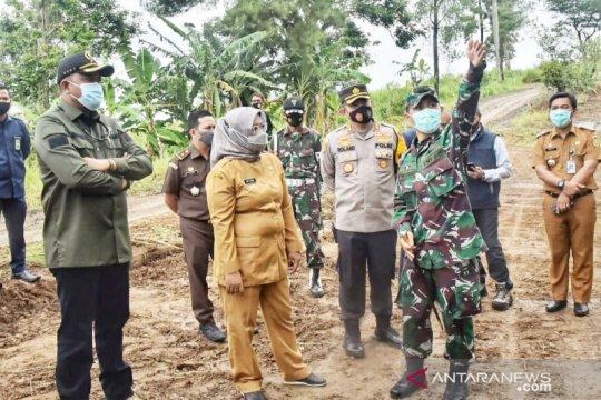 Kerahkan TNI, pembukaan Jalur Puncak Dua dilanjutkan hari ini