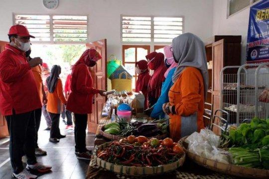 """Wali Kota: """"Mlaku-Mlaku Tilik Kampung"""" kuatkan Satgas Jogo Tonggo"""