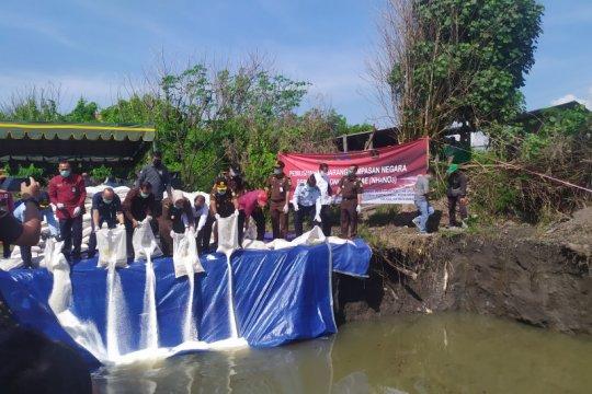 Kejaksaan wilayah Bali musnahkan 92,625 ton amonium nitrat