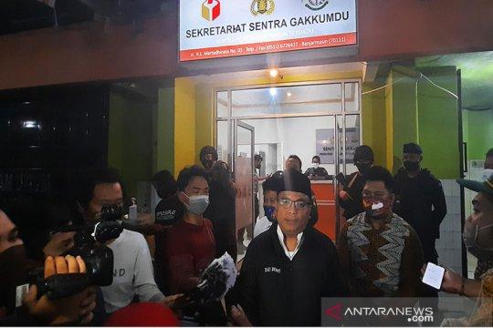 Denny Indrayana laporkan Sahbirin Noor-Muhidin ke Bawaslu Kalsel