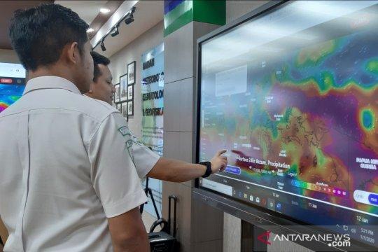 BMKG prediksi cuaca berawan dan hujan lebat di sejumlah wilayah
