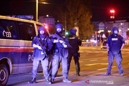 Menteri Austria sebut satu teroris Islamis di balik serangan Wina