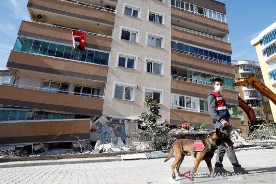 Korban tewas gempa Turki bertambah jadi 94 orang