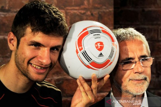 Legenda sepak bola Jerman Gerd Muller menanti ajal di panti jompo