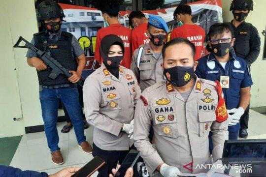 Polisi Bekasi buru otak pelaku pencurian lukai korbannya