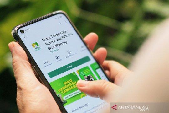 """Produk digital terlaris di """"warung"""" Mitra Tokopedia"""