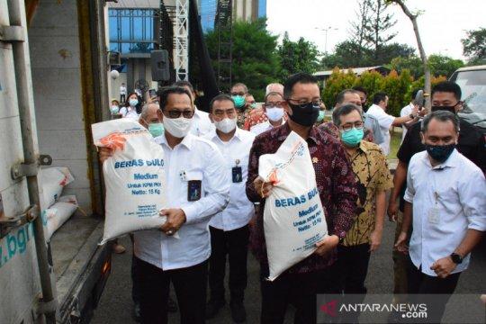 Bulog tuntaskan penyaluran bansos beras untuk 10 juta keluarga