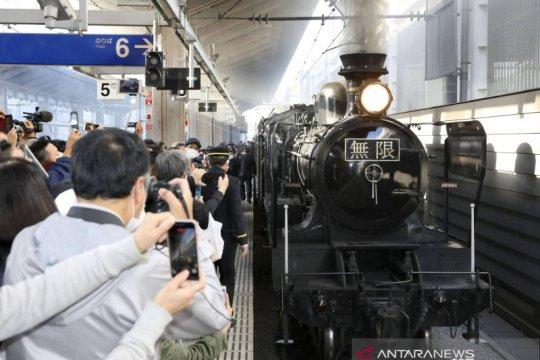 "Kereta lokomotif uap ""Demon Slayer"" hadir di Jepang"
