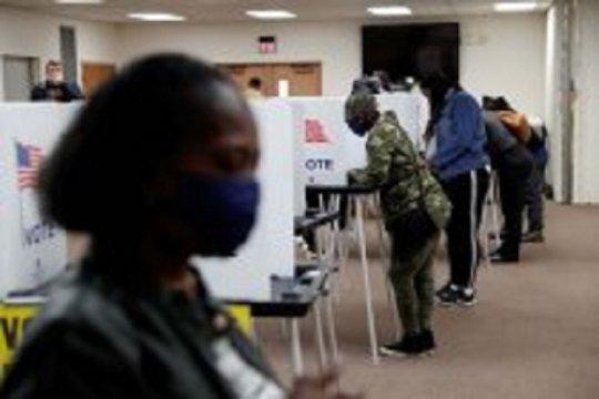 Hakim desak Layanan Pos AS pastikan surat suara tersisa terkirim