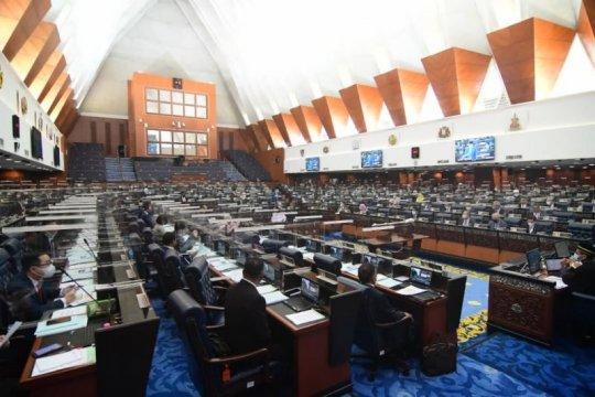 Kubu Mahathir menolak pembatasan kehadiran di sidang parlemen
