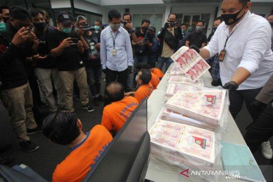 BI gandeng Polrestabes ungkap pengedar rupiah palsu 11.155 lembar