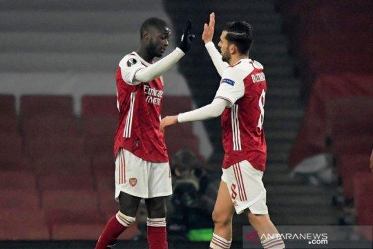 Dua gol bunuh diri bantu Arsenal atasi Molde dan amankan posisi puncak