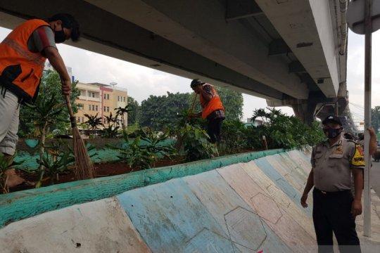 Operasi Yustisi sasar pengguna jalan di Jembatan Layang Angke