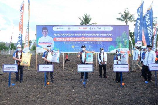 Pupuk Kaltim dan Kemendes tanam perdana Agro Solution di Dompu