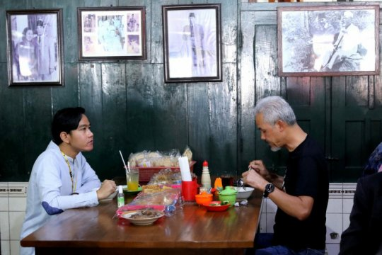 Ganjar beri wejangan kepada Gibran jelang debat Pilkada Surakarta
