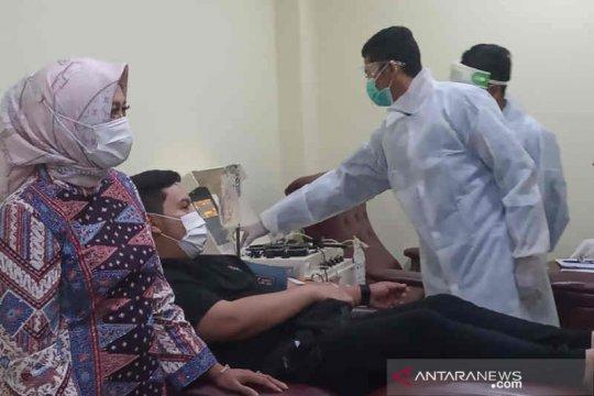 PMI Kabupaten Cirebon terima donor plasma dari 11 penyintas COVID-19