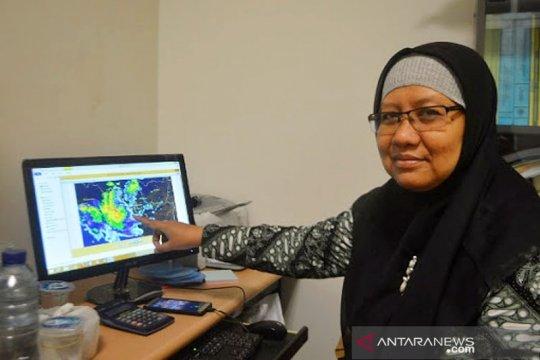 Pakar UGM: Awan lenticularis bahayakan penerbangan