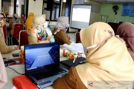 Di Tanah Bumbu, guru wajib hadir di sekolah saat pembelajaran daring